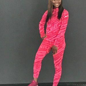 Hot pink Nike matching set !